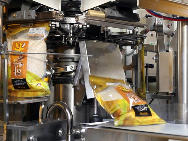 global food packaging machinery market 2015 The change in urban buying behavior because of changes in lifestyle has propelled the packaged food demand, driving the growth of the global food packaging machinery market.